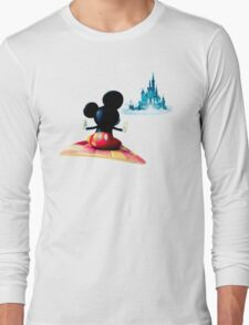Flying to dreamland Long Sleeve T-Shirt