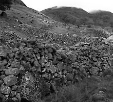 Mickleden Walls-Towards Great Langdale by rennaisance