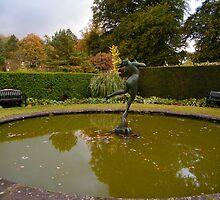 Autumnal Foam by ElsT