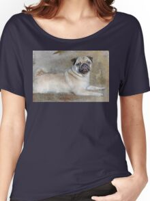 Pug Pose Women's Relaxed Fit T-Shirt
