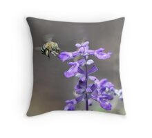 Just buzzing around Throw Pillow