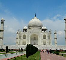 Taj Mahal, Agra, India by Rup Singh Chauhan