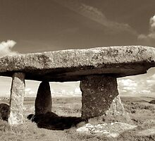 Lanyon Quoit, Cornwall by Barnaby Edwards