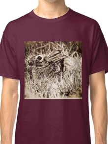 Cottontail Rabbit, Bunny, in Grass, Sepia, Grunge Classic T-Shirt