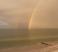 Rainbow Beach by Bob Hardy