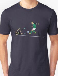 Steven Davis strikes to end seven years of hurt Unisex T-Shirt