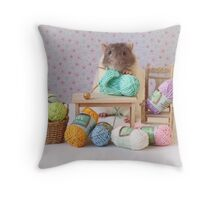 Snoozy wanted to knit ! Throw Pillow