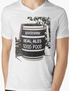 beer barrel real ales good food slogan Mens V-Neck T-Shirt