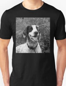 Dog portrait, spaniel in bracken T-Shirt