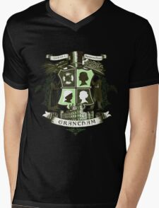 Grantham coat of arms (green) Mens V-Neck T-Shirt