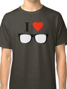 Love nerd Classic T-Shirt