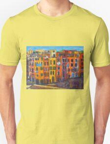Riomaggiore Facade, CinqueTerre T-Shirt