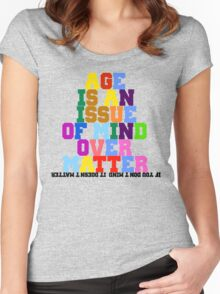 quotees Women's Fitted Scoop T-Shirt