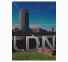 London - LDN by FlyNebula