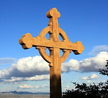 Cross II by ANDREW ROMER