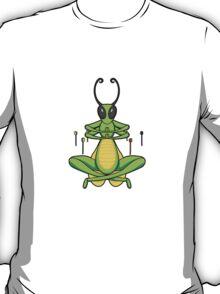 ninjitzoo - patient grasshopper T-Shirt