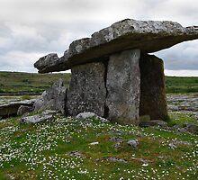 Poulnabrone Dolmen Ireland by Elmacca