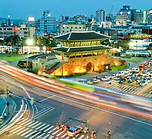 Dongdaemun Seoul by StavvioD