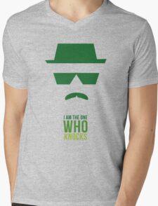 BREAKING BAD/ I AM THE ONE WHO KNOCKS Mens V-Neck T-Shirt