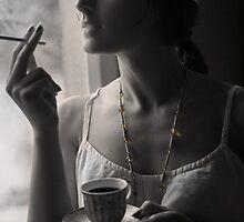 Smoking Beauty by lyusifon