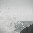 Breaking wave by irmajxxx