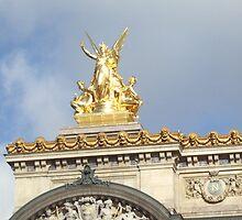 Une Statue de l'Opera Garnier 1 by travisferrell