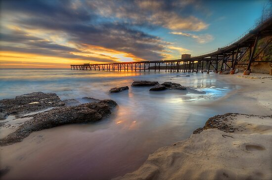 Sunrise on the Derelict Pier. by Warren  Patten