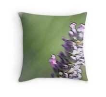 Lavanda Throw Pillow
