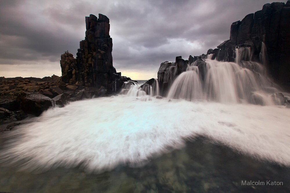 Bombo Falls by Malcolm Katon