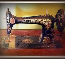 Vintage Sewing Machine by Evita