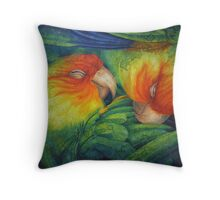 Lady Jane and Incas, Close again (Conuropsis carolinensis, extinct 1918) Throw Pillow