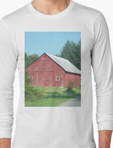 Nice Rustic Red Barn  T-Shirt