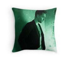Tom Hiddleston Throw Pillow