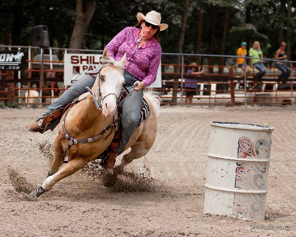 Barrel Racing by photosbytony
