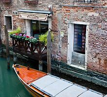 Venice Italy by Sam Warner