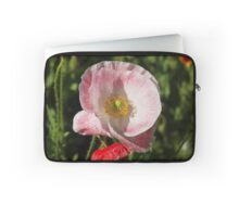 Kiss of pink Laptop Sleeve