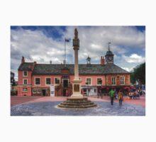 Carlisle Market Cross One Piece - Short Sleeve