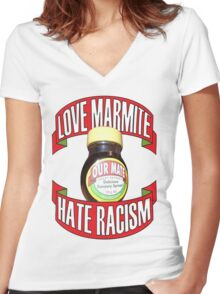 love marmite hait racism Women's Fitted V-Neck T-Shirt