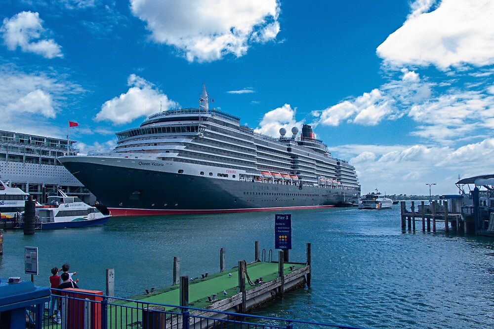 Queen Victoria in Auckland Harbour by Yukondick
