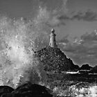 Wave crash Corbiere by Gary Power