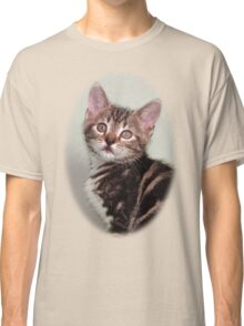 Cute kitten design Classic T-Shirt