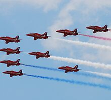 Red Arrows Point by jabisfab