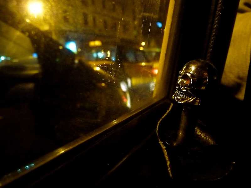 Taxi Skull | Cairo, Egypt by rubbish-art