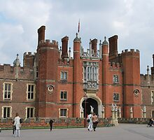 Hampton Court Palace by Helen Greenwood