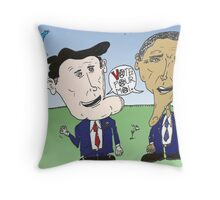 Caricature de Romney et Obama avant le jour du scrutin Throw Pillow