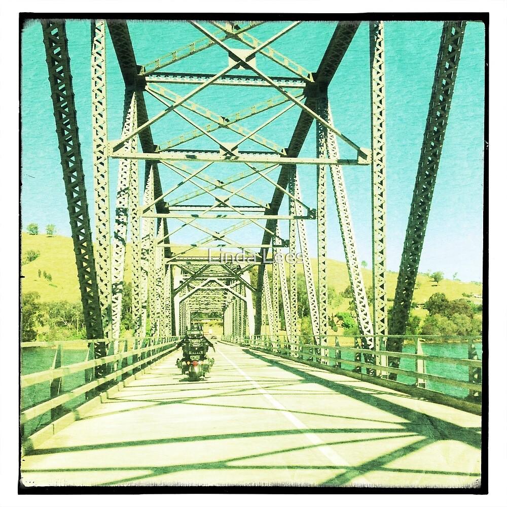 Crossing the Bethanga Bridge by Linda Lees
