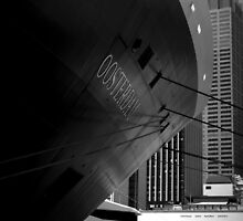 Oosterdam in Circular Quay by Ben Loveday