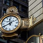 Clock in the Loop by kenelamb