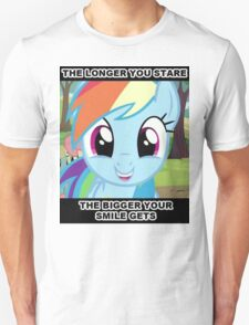 Smile At Dashie  T-Shirt