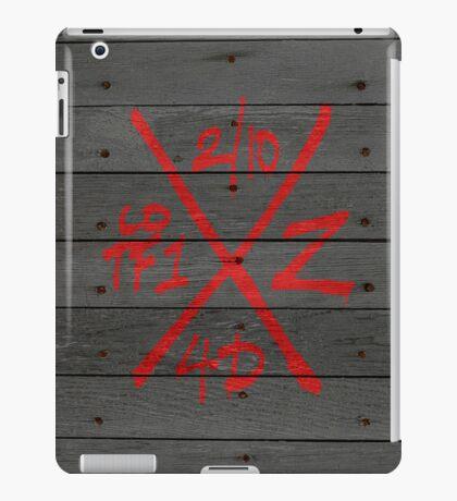 Dead Walking Zombie X-Code (BLACK) iPad Case/Skin